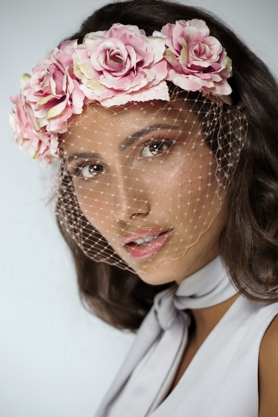 Rose floral headband with a veil